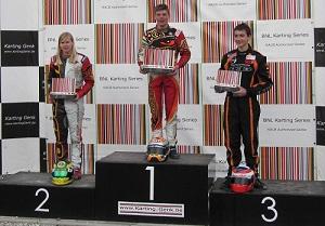 v.l.n.r. Beitske, Max en Guust op KZ2 podium
