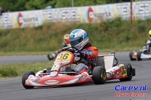 Guust rijdt klasse Rotax Max Junioren